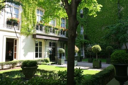 Hôtel Pavillon de la Reine – Paris 3