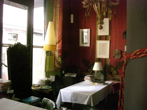 le p trelle paris 9 galleries in paris. Black Bedroom Furniture Sets. Home Design Ideas
