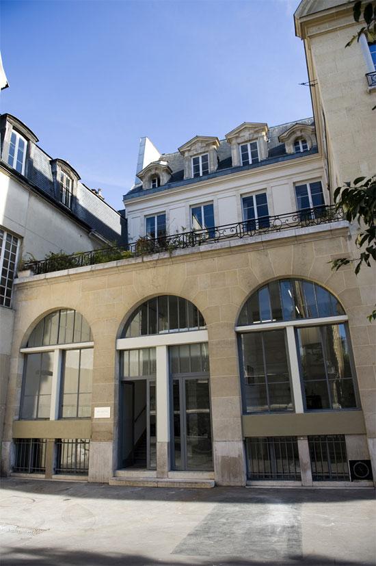 GB AGENCY - Paris 3